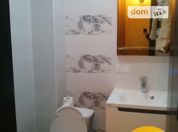трехкомнатная квартира с мебелью в Тернополе, район Канада, на ул. Коновальца Евгения в аренду на долгий срок помесячно фото 1