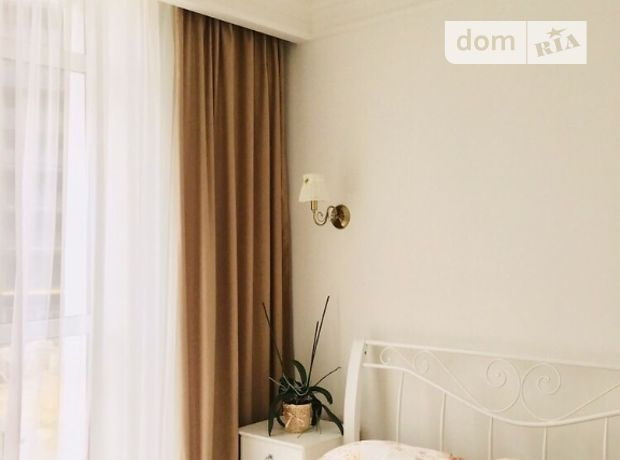 трехкомнатная квартира в Тернополе, район Новый свет, на Новобудова в аренду на долгий срок помесячно фото 1