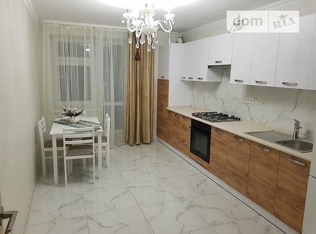 трехкомнатная квартира с ремонтом в Тернополе, район Оболонь, на ул. Стадниковой Софии в аренду на долгий срок помесячно фото 1