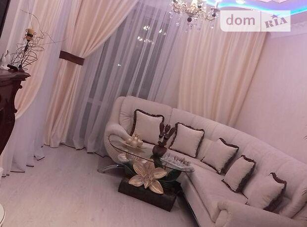 трехкомнатная квартира с мебелью в Тернополе, район Схидный, на просп. Бандеры Степана в аренду на долгий срок помесячно фото 1