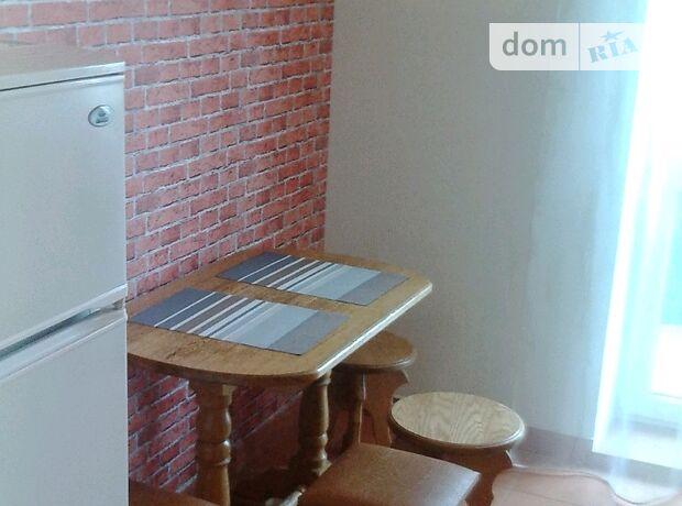 двухкомнатная квартира в Тернополе, район Центр, на ул. Пирогова в аренду на долгий срок помесячно фото 1