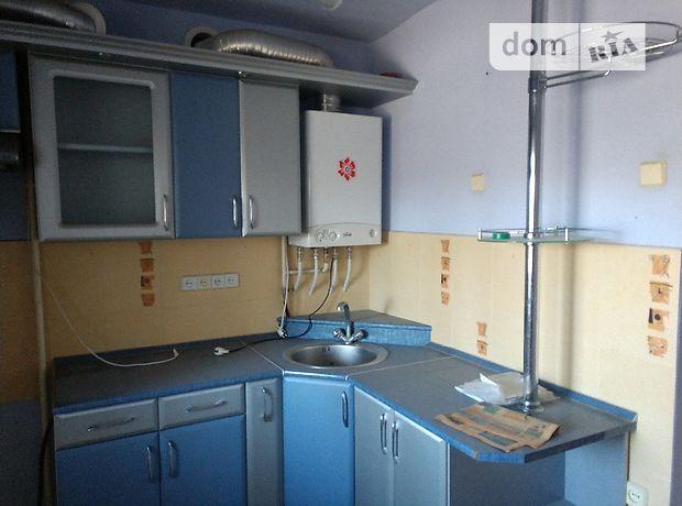 трехкомнатная квартира с ремонтом в Ужгороде, район Центр, на ул. Заньковецкой 2А, в аренду на долгий срок помесячно фото 1