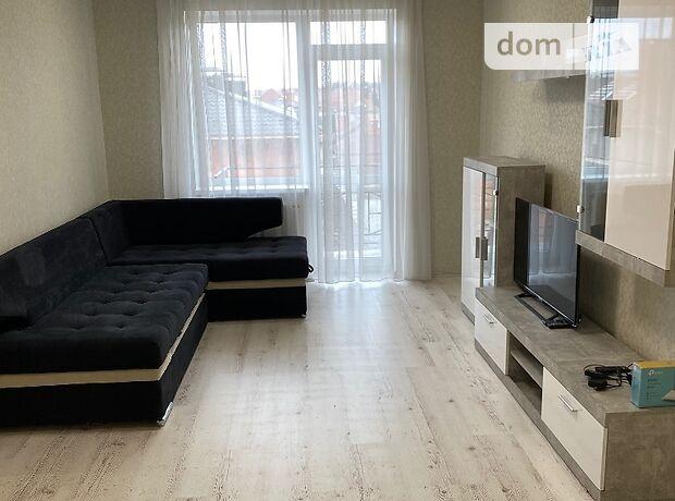 трехкомнатная квартира с мебелью в Ужгороде, в аренду на долгий срок помесячно фото 1
