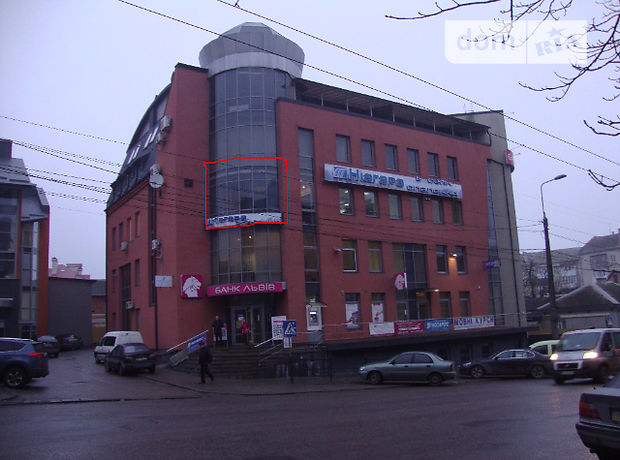 Аренда офисного помещения в Тернополе, Г.Мазепи, 10, помещений - 1, этаж - 3 фото 1