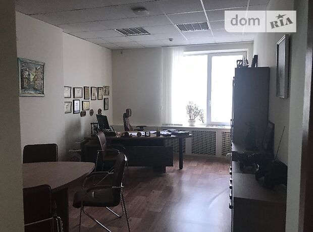 Аренда офисного помещения в Киеве, Гарматная улица 8, помещений - 1, этаж - 2 фото 1