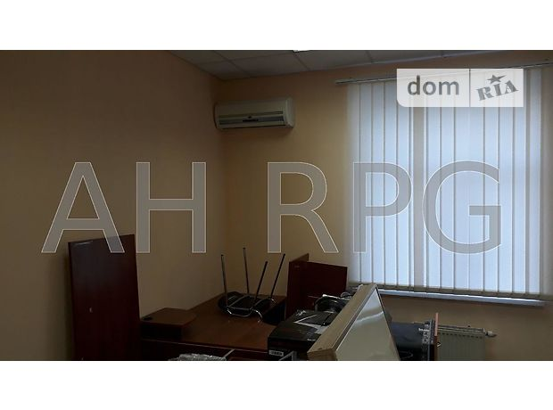 Аренда офисного помещения в Киеве, Дружбы Народов бул. 40А, помещений - 9, этаж - 2 фото 1
