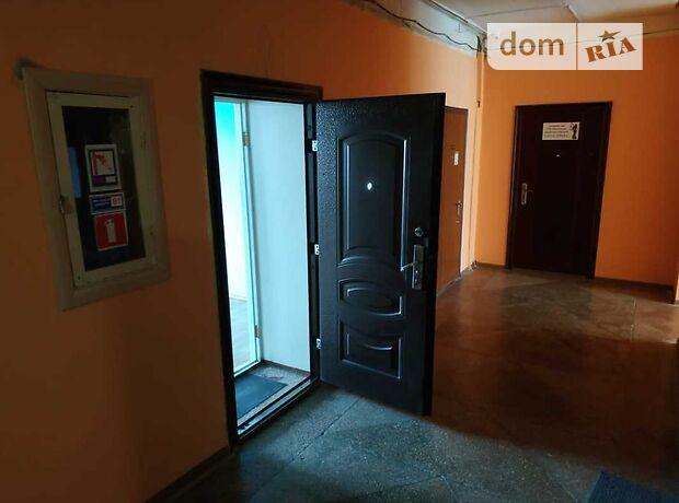 Аренда офисного помещения в Сумах, Петропавловская улица, помещений - 1, этаж - 3 фото 1