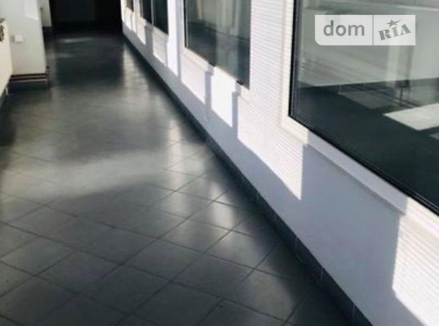 Аренда офисного помещения в Ужгороде, Корзо улица, помещений - 1, этаж - 3 фото 1