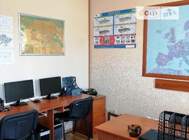 Аренда офисного здания в Черкассах, Риздвяна 3/2, помещений - 3, этажей - 2 фото 1
