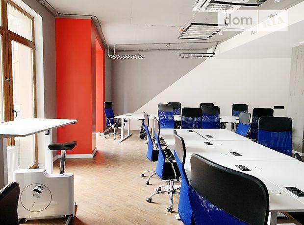 Аренда офисного здания в Киеве, Богдана Хмельницкого улица 58А, помещений - 5, этажей - 3 фото 1
