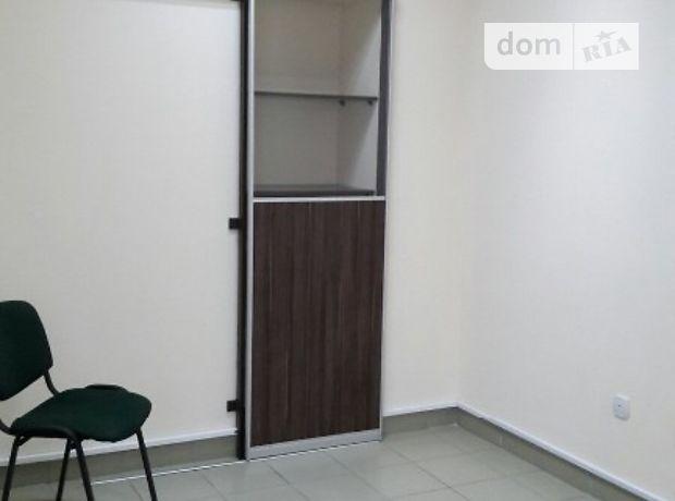 Аренда офисного здания в Тернополе, Район Стадникова, помещений - 2, этажей - 4 фото 1