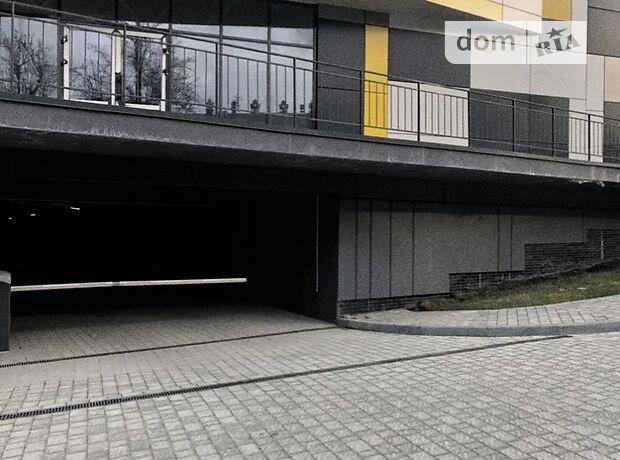 Место на подземном паркинге под легковое авто в Львове, площадь 13.6 кв.м. фото 1