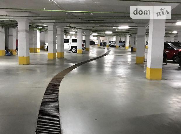 Место на подземном паркинге универсальный в Одессе, площадь 22 кв.м. фото 1