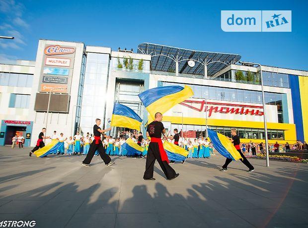Торговая площадь в Луцке, сдам в аренду по Грушевского Президента проспект 2, район Центр, цена: 1 250 грн за объект фото 1