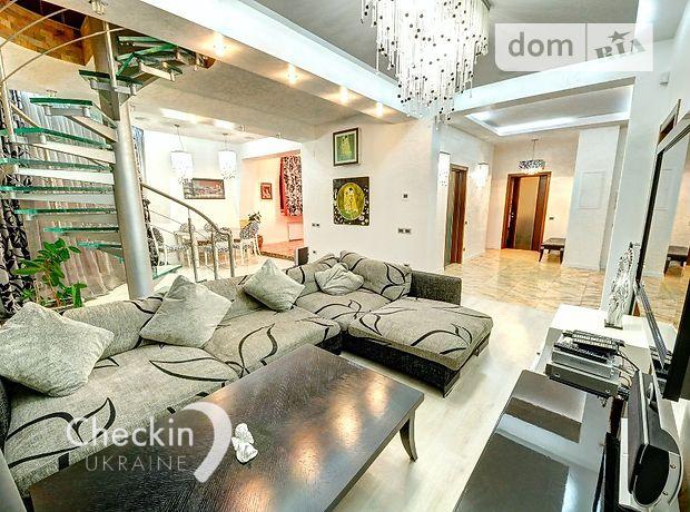 четырехкомнатная квартира в Киеве, район Печерский, на ул. Лабораторная в аренду на короткий срок посуточно фото 1