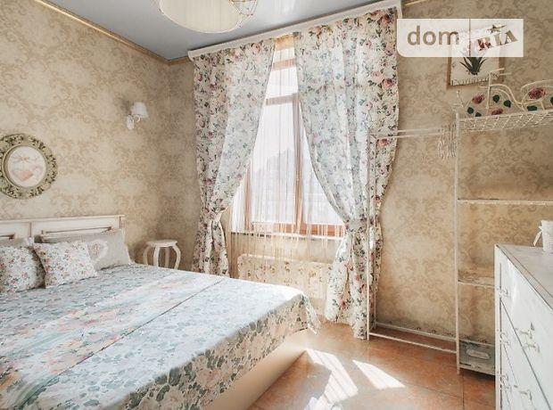 Аренда посуточная квартиры, 3 ком., Одесса, р‑н.Центр, Греческая улица 1а, дом 1а