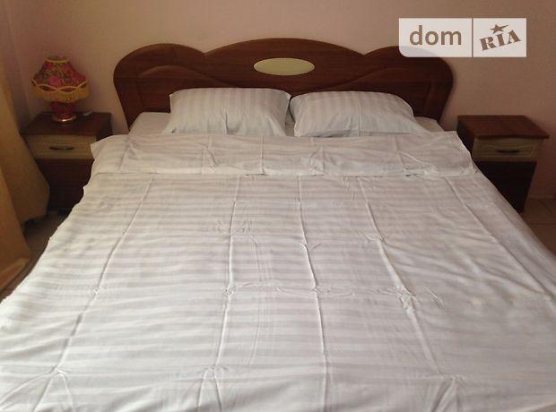 Аренда посуточная квартиры, 1 ком., Ровно, Млыновская улица, дом 29 А