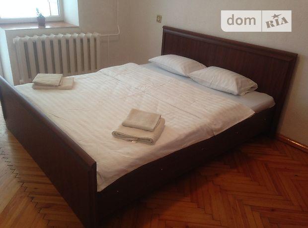 Аренда посуточная квартиры, 3 ком., Ровно, р‑н.Ювилейный, Соборная улица, дом 259