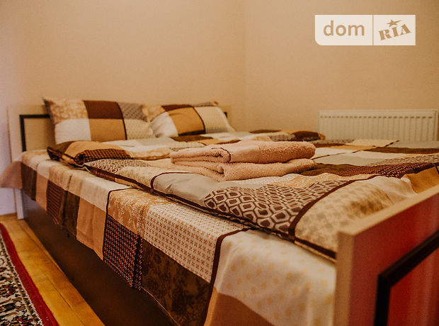 однокомнатная квартира в Тернополе, район Центр, на ул. Липовая в аренду на короткий срок посуточно фото 1