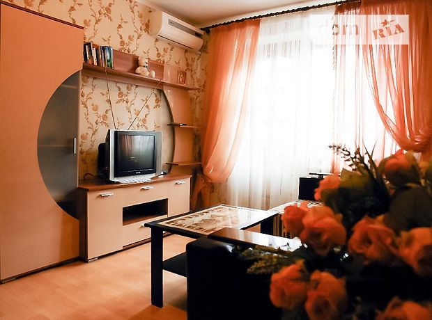 Аренда посуточная квартиры, 2 ком., Винница, р‑н.Центр, Гагарина площадь, дом 4