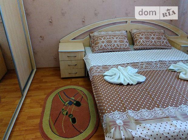 Аренда посуточная квартиры, 3 ком., Винница, р‑н.Центр, Хлебная улица, дом 20