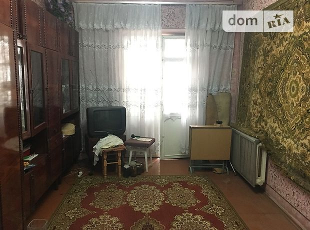 Продажа квартиры, 3 ком., Черновцы, р‑н.Комарова-Красноармейская, Комарова Владимира улица