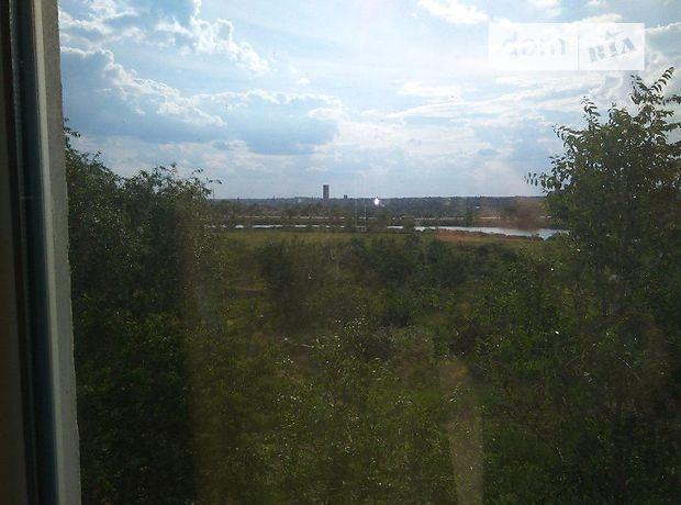 Продажа квартиры, 3 ком., Днепропетровская, Кривой Рог, р‑н.Саксаганский, солнечный