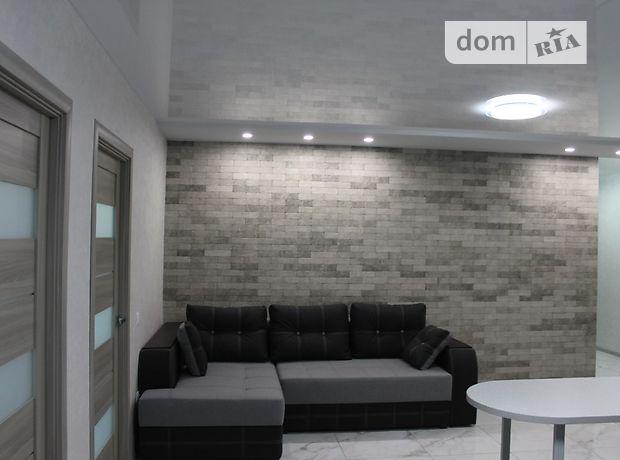 Продажа трехкомнатной квартиры в Тернополе, на ул. Сахарова Андрея Академика 10, район Бам фото 1