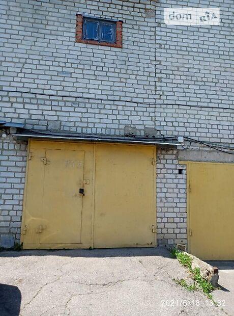 Бокс в гаражном комплексе под легковое авто, площадь 39 кв.м. фото 1