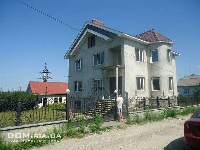 трехэтажный дом, 300 кв. м, кирпич. Продажа в Городенке район Городенка фото 1