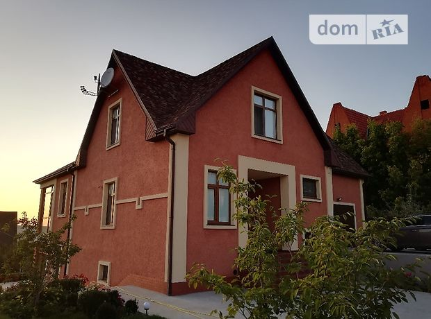 трехэтажный дом с камином, 380 кв. м, кирпич. Продажа в Родичах (Харьковская обл.) фото 1
