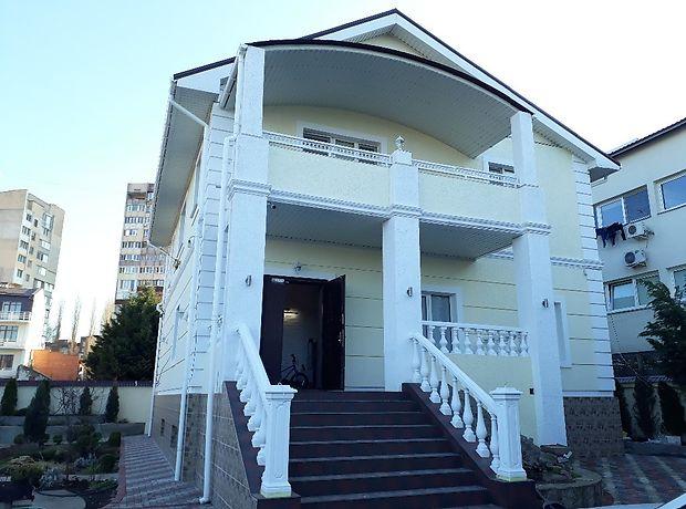 трехэтажный дом с камином, 290 кв. м, ракушечник (ракушняк). Продажа в Одессе район Киевский фото 1