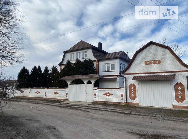 трехэтажный дом с садом, 400 кв. м, кирпич. Продажа в Мартово (Харьковская обл.) фото 1