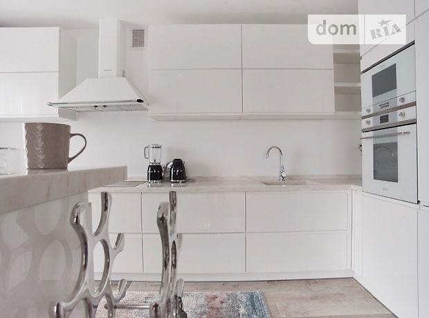 трехэтажный дом с террасой, 186 кв. м, кирпич. Продажа в Ровно район Счастливое фото 1