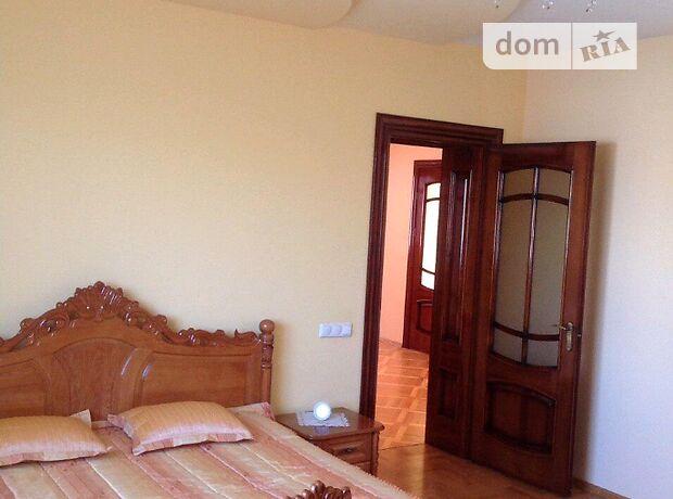 трехэтажный дом, 460 кв. м, кирпич. Продажа в Подгородном (Тернопольская обл.) фото 1
