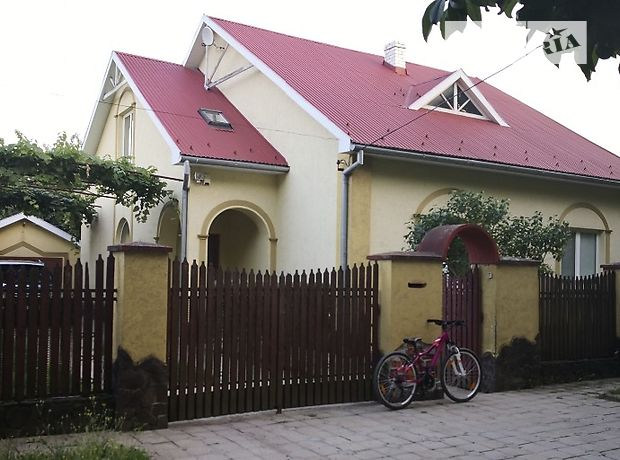 Продажа дома, 205м², Ужгород, р‑н.Центр, Чехова улица, дом 5