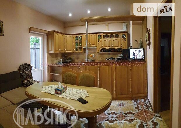 двухэтажный дом с камином, 105 кв. м, кирпич. Продажа в Ужгороде район Центр фото 1