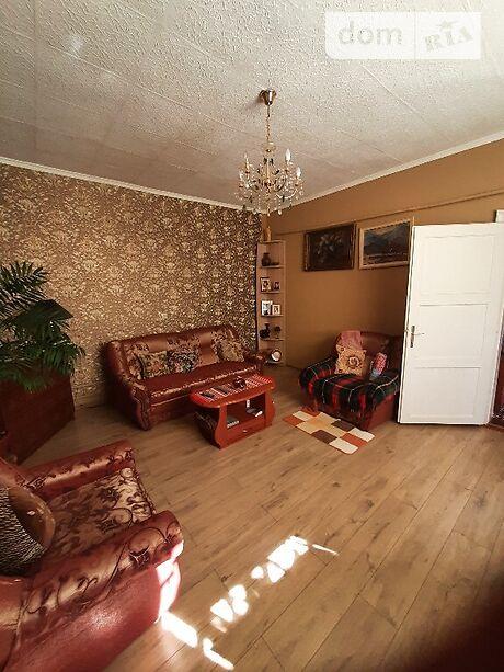 двухэтажный дом с балконом, 100 кв. м, кирпич. Продажа в Ужгороде район Центр фото 1
