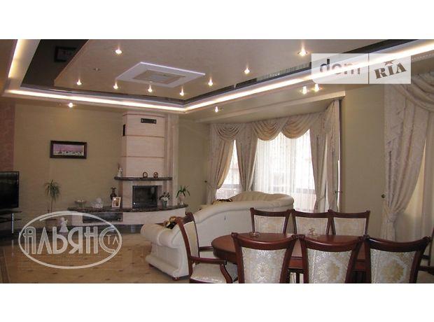 Продажа дома, 680м², Ужгород, Центр