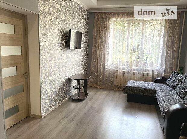 Продажа двухкомнатной квартиры в Черкассах, на ул. Добровольского 11, район 700-летия фото 1