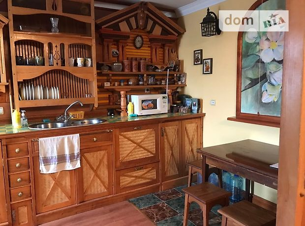 Продажа трехкомнатной квартиры в Черкассах, на ул. Энгельса 85, район к-т Мир фото 1