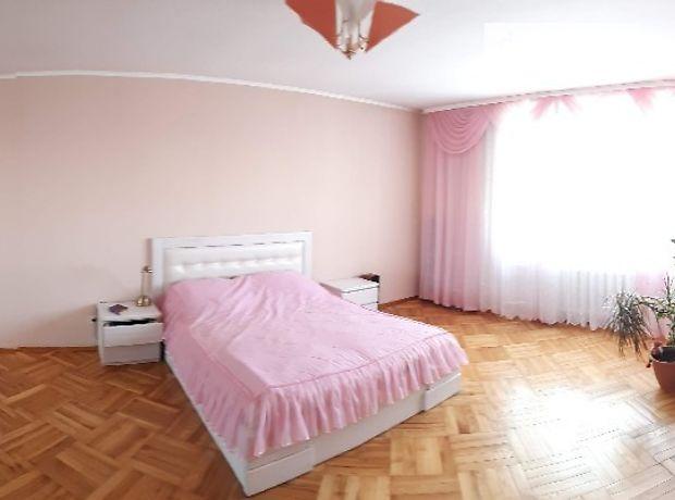 Продажа трехкомнатной квартиры в Черкассах, район Казбет фото 1