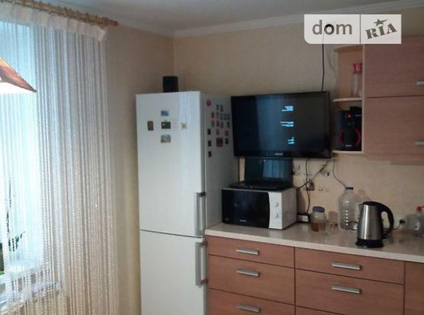 Продажа трехкомнатной квартиры в Черкассах, на ул. Смирнова Сержанта район Мытница фото 1