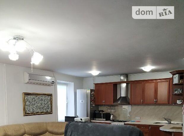 Продажа трехкомнатной квартиры в Черкассах, на бул. Шевченко район Мытница-центр фото 1