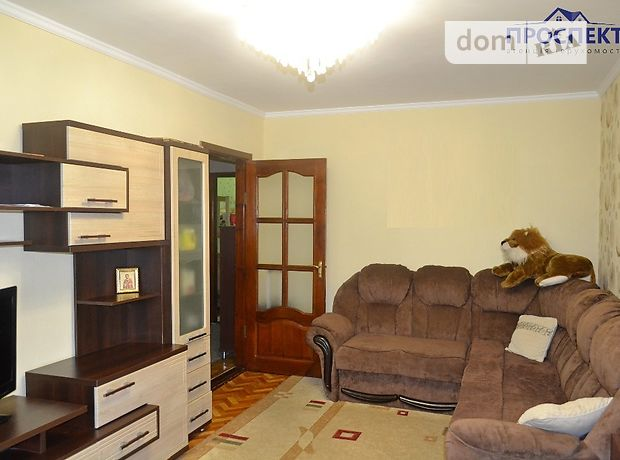 Продажа трехкомнатной квартиры в Черкассах, на ул. Чехова 108, район Пятихатки фото 1