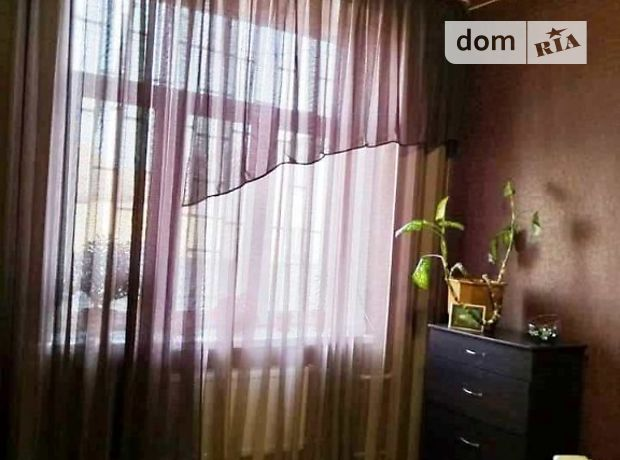 Продажа двухкомнатной квартиры в Черкассах, район Школьная фото 1