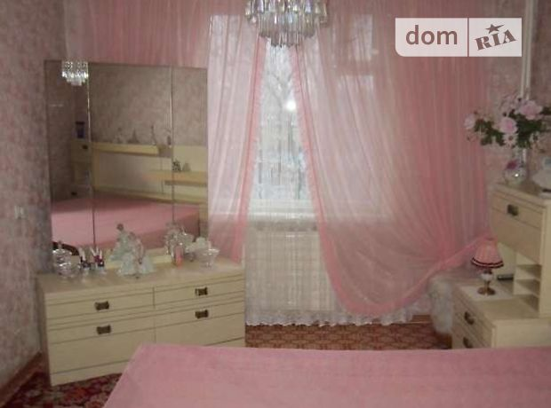 Продажа квартиры, 3 ком., Черкассы, р‑н.700-летия, Орджоникидзе улица