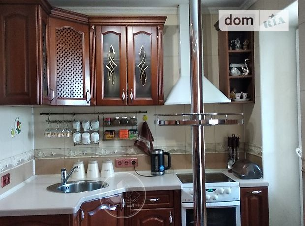 Продажа двухкомнатной квартиры в Черкассах, на ул. Нечуя-Левицкого 18, район Химпоселок фото 1