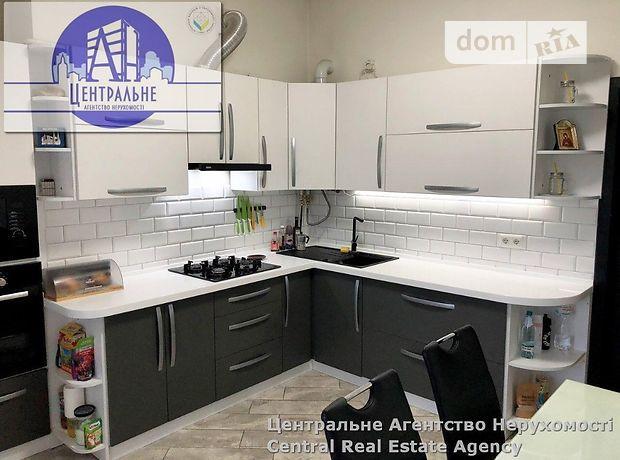 Продаж трикімнатної квартири в Чернівцях на Комарівська вулиця район Центр фото 1