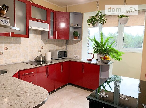 Продажа трехкомнатной квартиры в Чигирине, на Енергетиков 13, район Чигирин фото 1